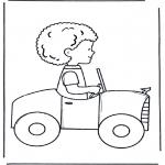 Przedszkolaki - Chłopiec w samochodzie